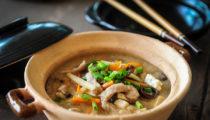 Chińska zupa ostro kwaśna