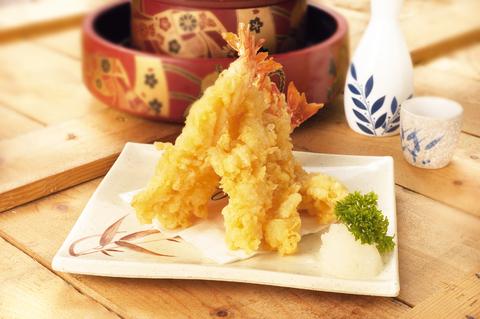 Tempura z krewetek na ryżu lub z dipem majonezowym
