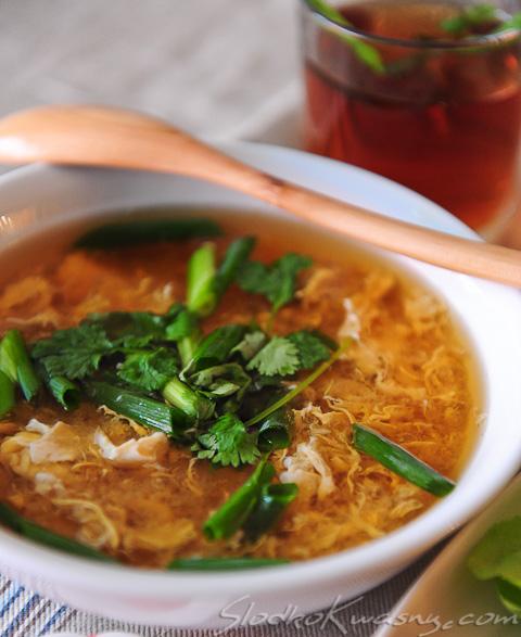 Lekka japońska zupa z jajkiem