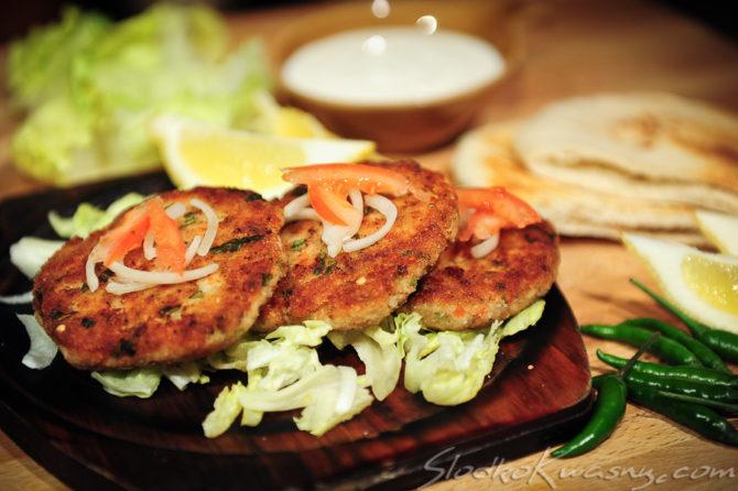 Ke Kebab z pitami z kuchni indyjskiej