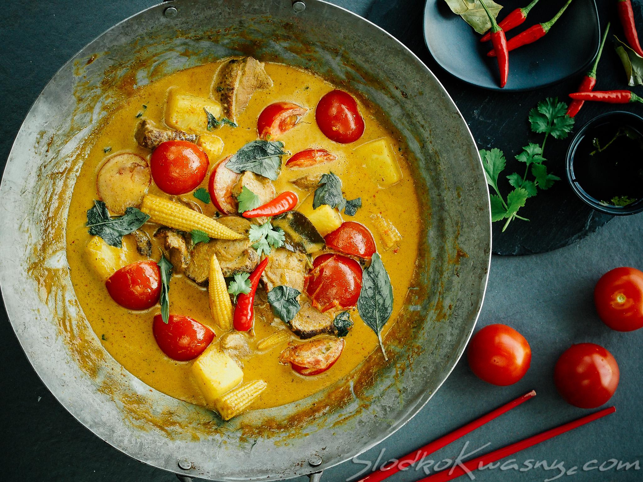 czerwone curry z kaczka
