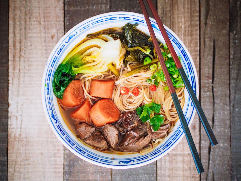 tajwanska zupa z wolowina